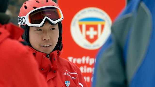 Ein Skilehrer aus China bei seiner Ausbildung in Engelberg.