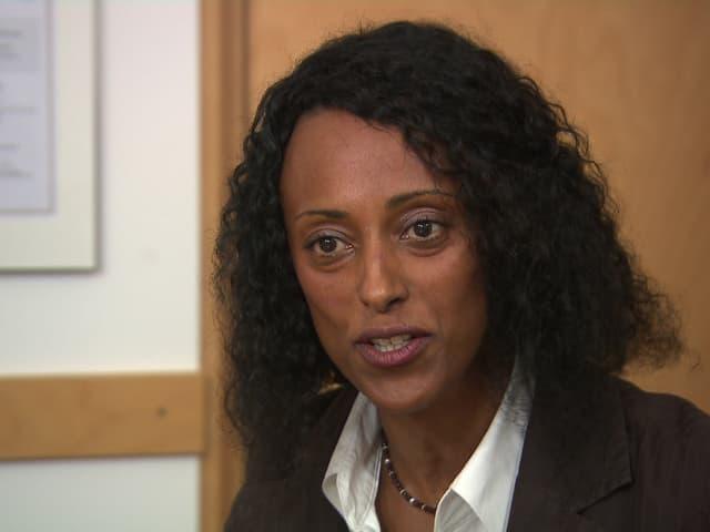 Ein Porträt von Fana Asefaw.