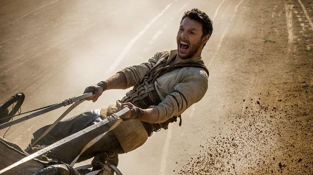 La cursa da chars e chavals porscha è il punct culminant dal film Ben Hur.