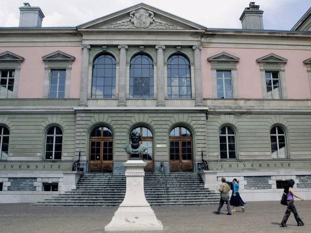 Das Hauptgebäude der Universität Genf.