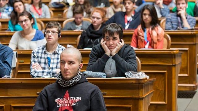 Jugendliche im Parlament