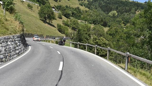 Il lieu d'accident curt davant il vitg da San Peter en direcziun d'Arosa.