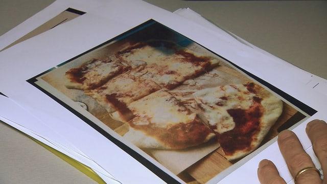 Eine Pizza ohne Gewürze