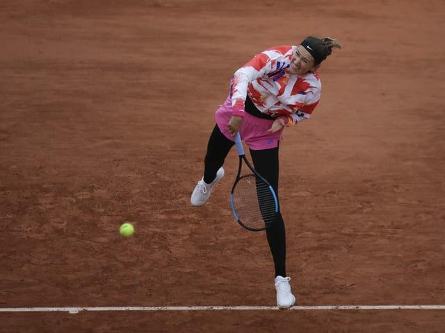 Victoria Azarenka bei ihrem Auftaktspiel in Roland Garros.