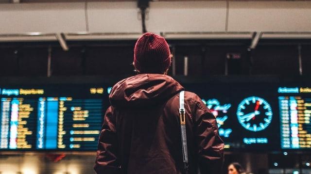 Anzeigetafeln Flughafen