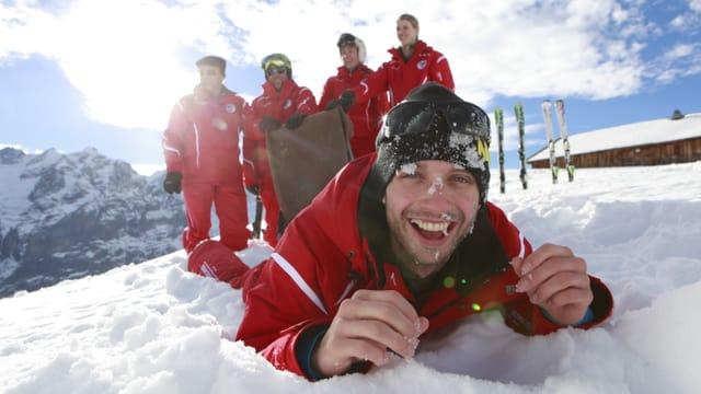 Video ««SRF bi de Lüt – Die Skilehrer» (1/3)» abspielen