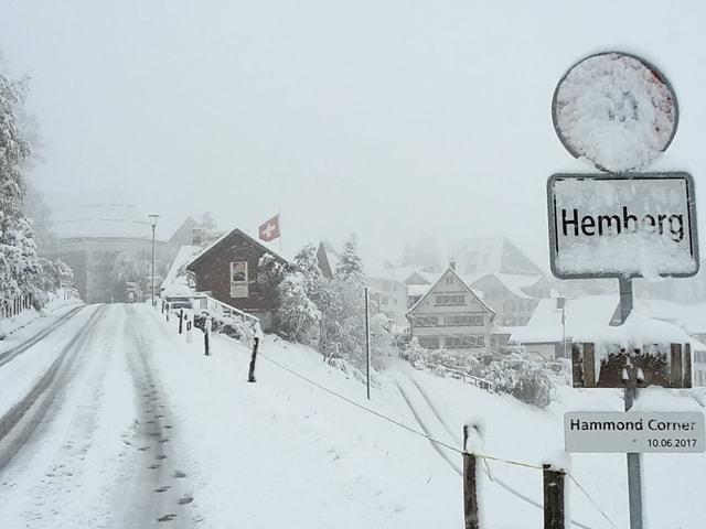 Schneebedeckte Strassen.