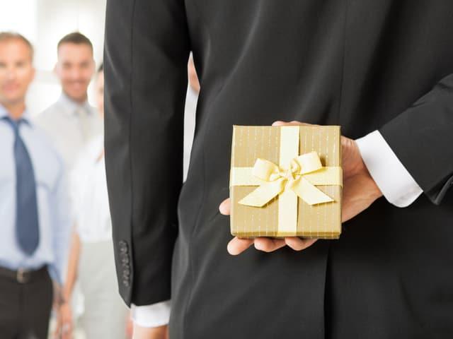 Das olympische Komitee akzeptierte 2002 Geschenke.