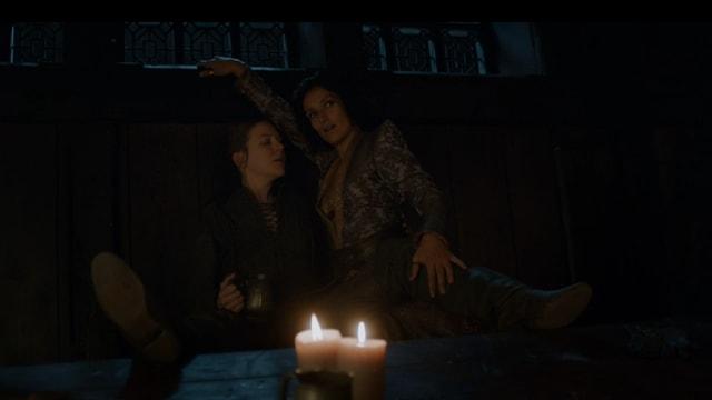 Leidenschaft zwischen zwei Frauen: Asha Greyjoy und Ellaria Sand.