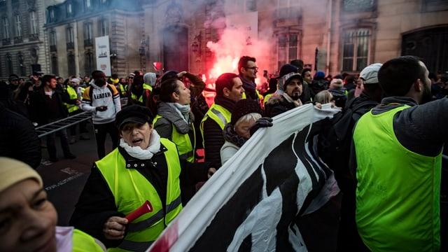 Protestierende auf Frankreichs Strassen