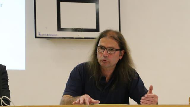 Guido Dietrich, il veder e nov president communal.