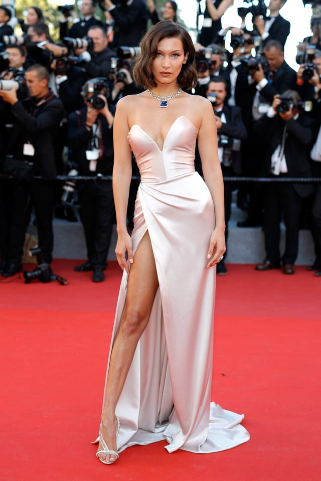 Model Bella Hadid auf dem Red Carpet