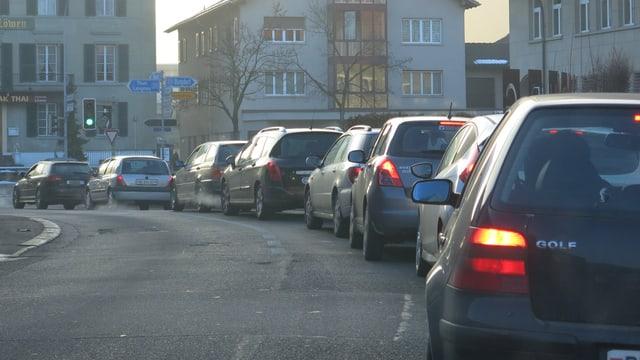 Autoschlange in Burgdorf