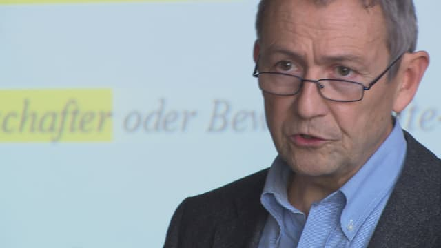 Daniel Buschauer, il manader da l'uffizi per agricultura