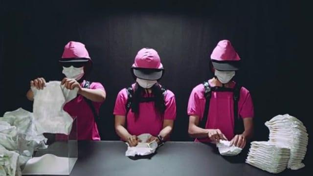 Video «Achtung! Experiment: Pinkeln was die Windel hält (48/52)» abspielen