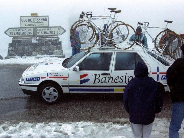 Die Tour de France im Juli 1996 auf dem Col de l'Iseran.