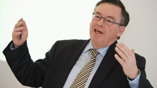 Finanzvorsteher Martin Vollenwyder präsentiert seine letzte Rechnung.