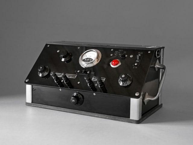 Altes Elektroschockgerät