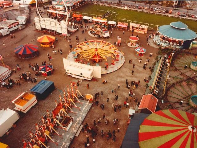 Schon 1981 war der Lunapark mit seinen Bahnen Teil der Messe.