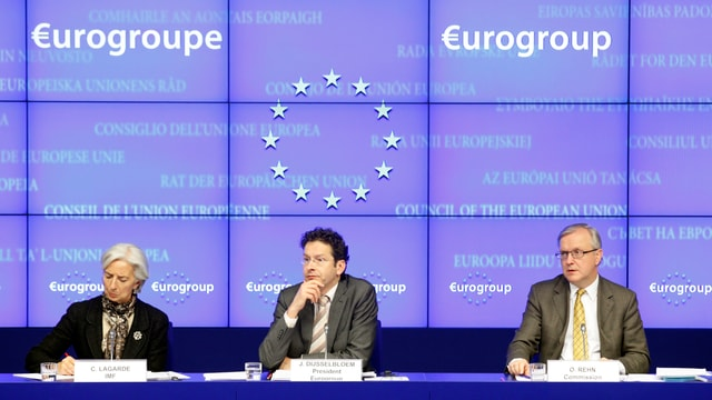 IWF-Chefin Christine Lagarde, Euro-Gruppen-Chef Jeroen Dijsselbloem und EU-Währungskommissar Olli Rehn.