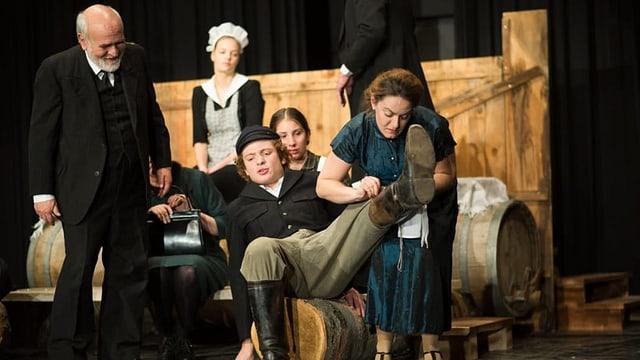 Valendau fa teater: «Herr Puntila und sein Knecht Matti»