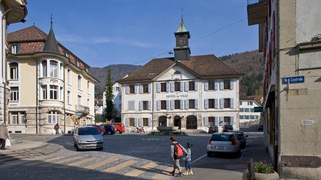 Das Rathaus von Moutier.