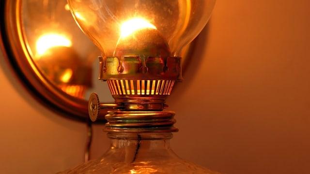 Brennende Öllampe