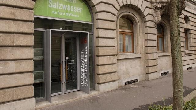 Eingangstüre zum UG des Luzerner Theaters