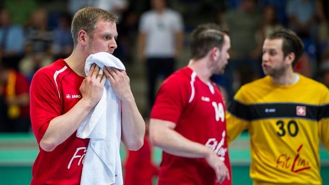 Für die Schweizer mit Marco Kurth (l.) wird die WM-Quali ein schwieriges Unterfangen.