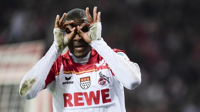 Anthony Modeste macht nach einem Tor die «Brille».