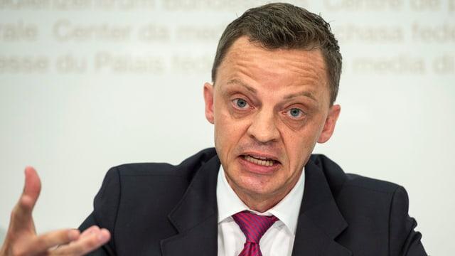 SVP-Kantonsrat Hans-Ueli Vogt, Professor für Wirtschaftsrecht an der Universität Zürich.