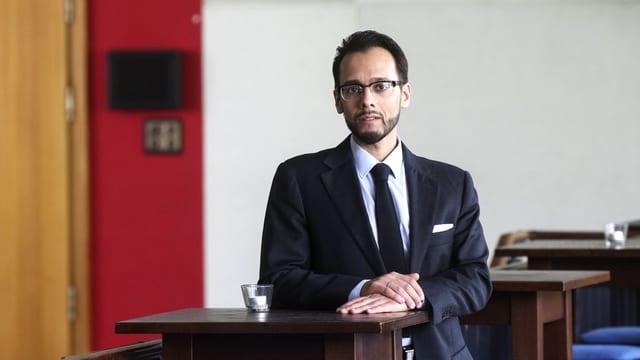 Muhammad Sameer Murtaza bei der Buchpräsentation.