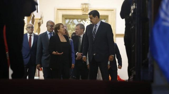 Zu Besuch bei den Rivalen Maduro und Guaidó