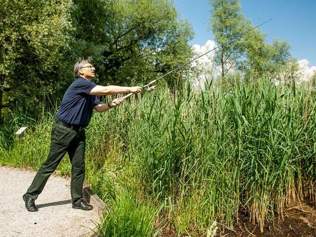 Guido Graf beim Fischen.