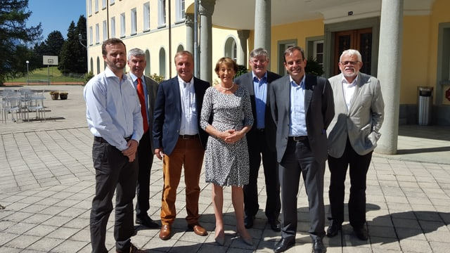 Da sanestra: S.Kohler, A.Lansel, J.Peer, B.Tschanz, P.Häring, G.Pfister e G. Parolini