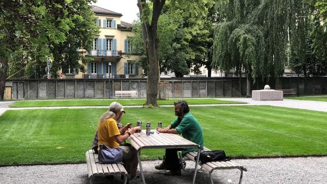 Randständige im Stadtpark Chur