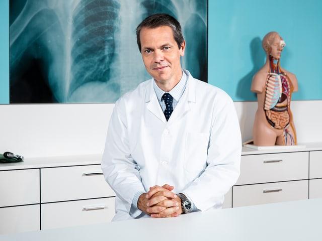 Prof. Dr. med. Stephan Vavricka.