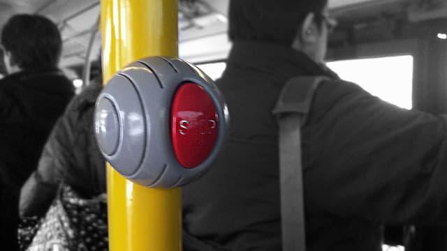 Halteknopf im Bus