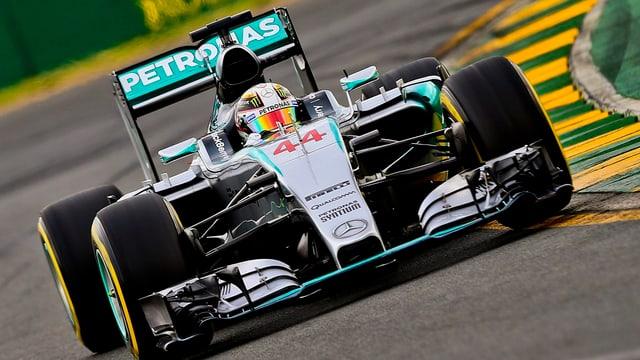 Lewis Hamilton en ses Mercedes