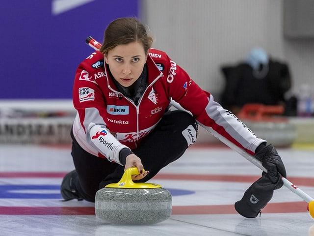 Die Equipe um Skip Elena Stern hat sich aufgelöst.