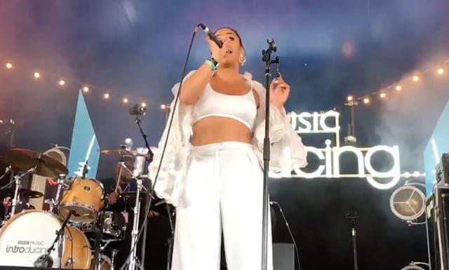 Bild vom Auftritt von Ta'Shan am Glastonbury