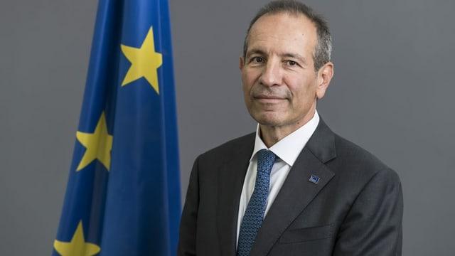 Ambassadur da l'UE per la Svizra Petros Mavromichalis.