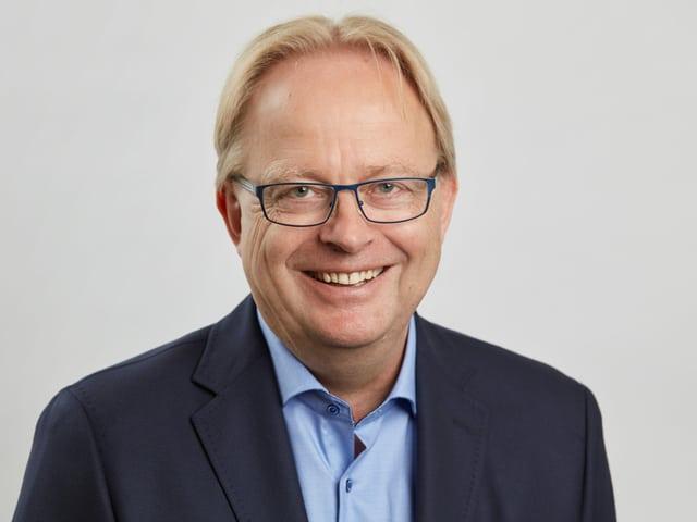 Lorenz Bösch, partenari da Hanser Consulting