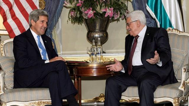 John Kerry und Mahmud Abbas bei Gesprächen.