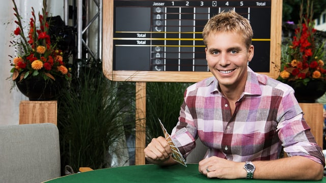 Reto Scherrer moderiert seit August 2017 den «Samschtig-Jass».