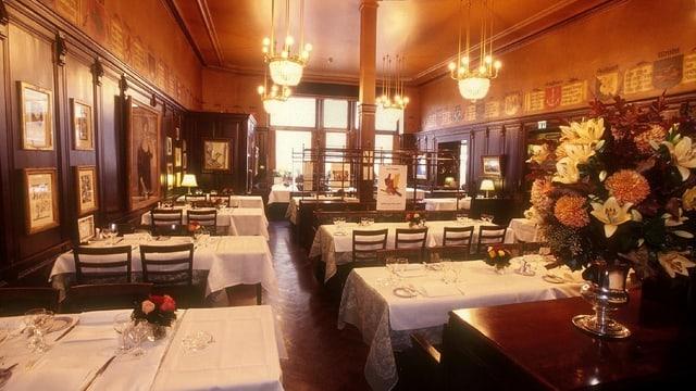 Blick in den Speisesaal des Zürcher Restaurants Kronenhalle