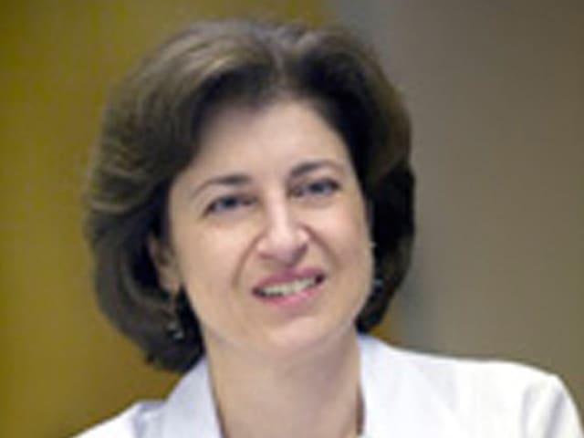 Suzanne Topalian im Porträtfoto