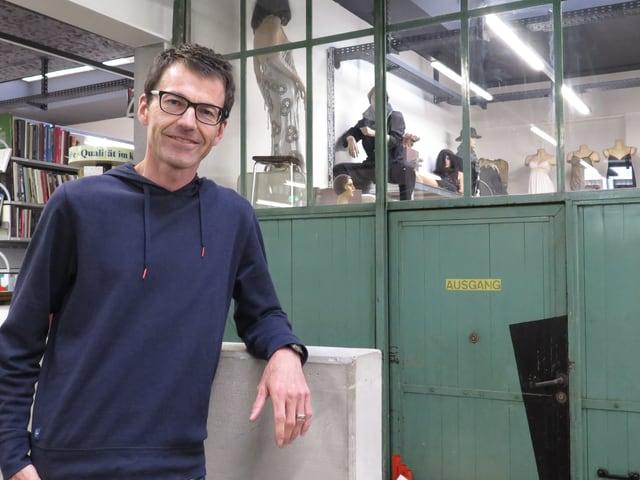Roland Hegnauer, der Betriebsleiter der Bärner Brocki.