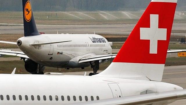 Lufthansa- und Swiss-Maschinen am Flughafen Zürich