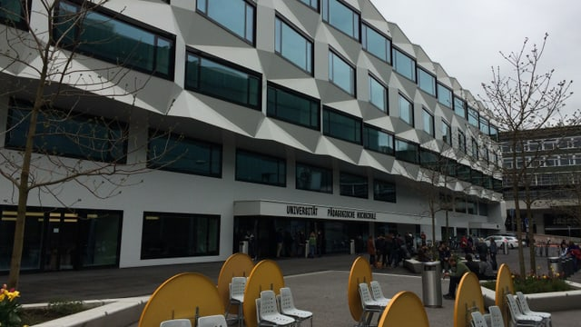 Hauptgebäude der Uni Luzern